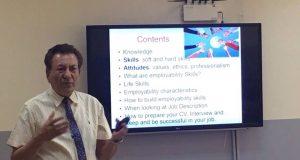 تطوير مهارات التوظيف وتنمية الذكاء النقدي والعاطفي للخريج